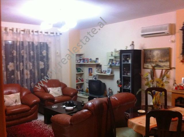 Apartament per shitje tek Ministria e Puneve te Jashtme ne Tirane , (TRS-1012-14)